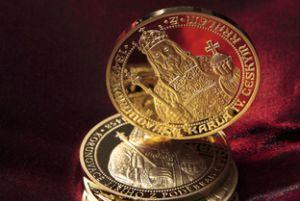 Большое достоинство монет Сбербанка – их доступность широкому кругу потребителей. Фото: Artyom Yefimov - Fotolia